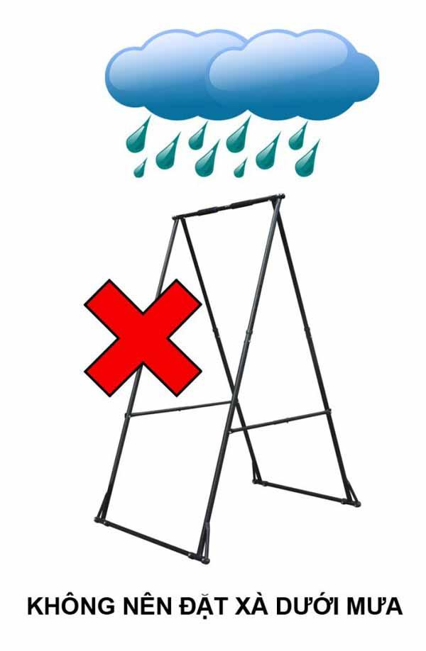 Không đặt khung xà đơn xếp tự đứng Khánh Trình dưới mưa nắng
